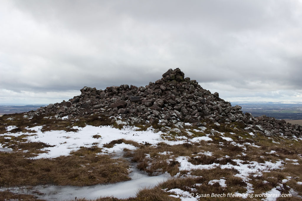Not quite the summit of East Cairn